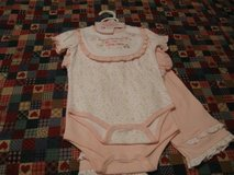 New baby clothes for a girl It's a 5 piece set. in Fort Bragg, North Carolina